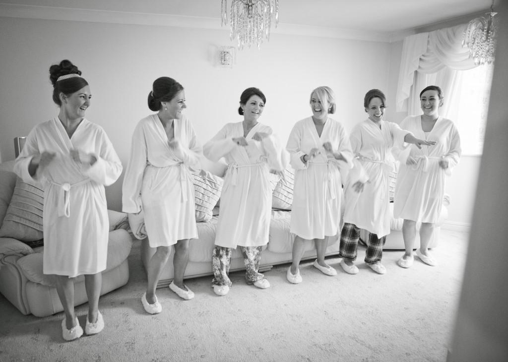 Dancing Bridesmaids   Liverpool Creative Wedding Photography