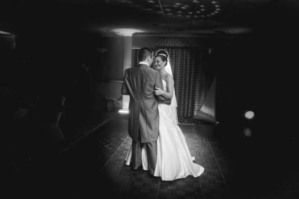First Dance at Suites Hotel   Wirral Wedding Photographer