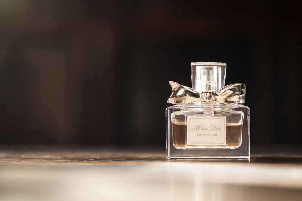 Miss Dior Perfume, Wedding Photography Details