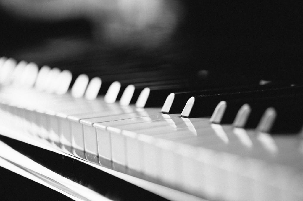 Piano Keys, Wedding Photographer