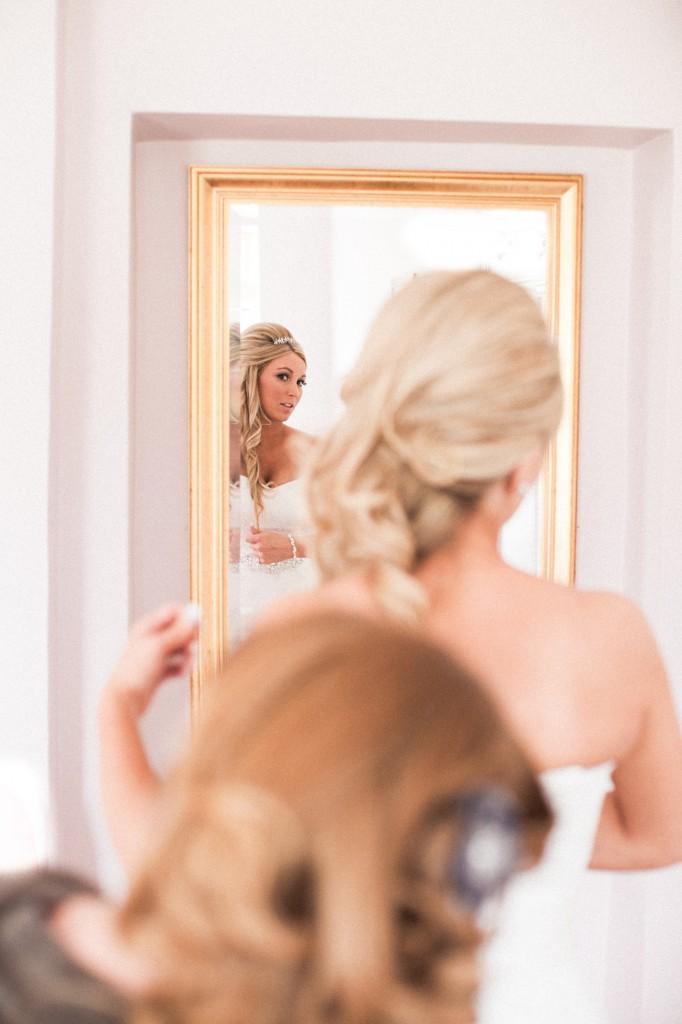Gorgeous bride Photography, Cheshire wedding photographer
