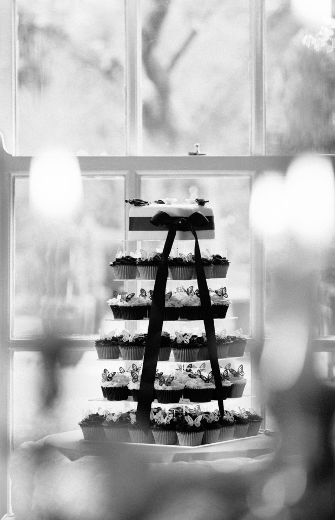 Black and white cupcake cake