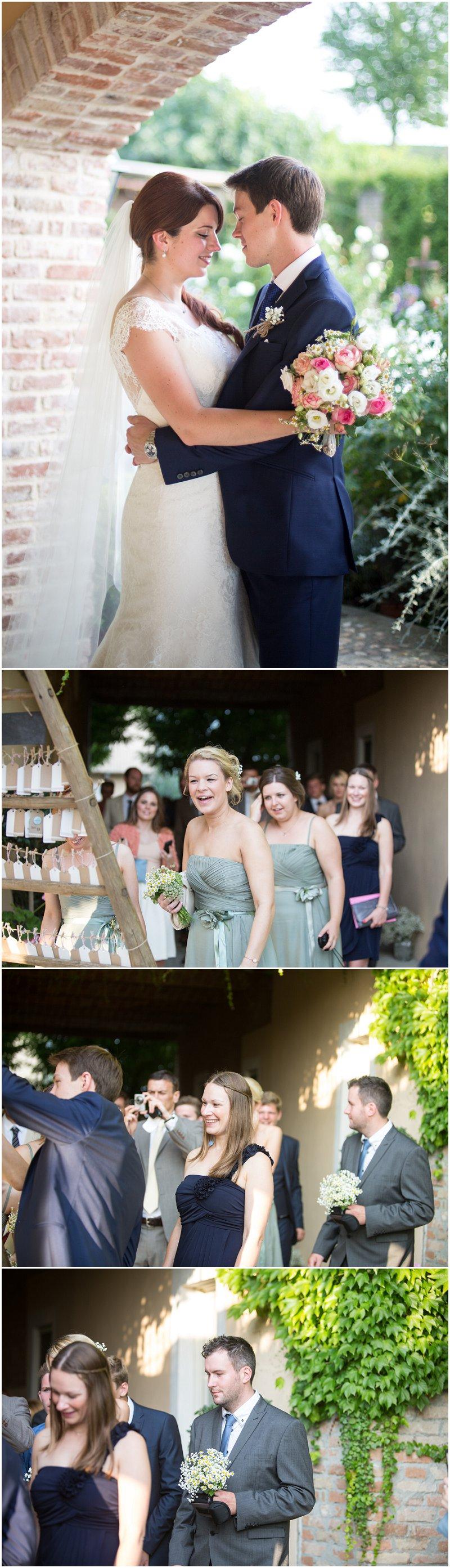 Wedding guests arrive at La Villa wedding reception