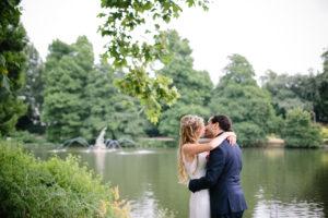 London Kew Gardens wedding bride and groom kiss